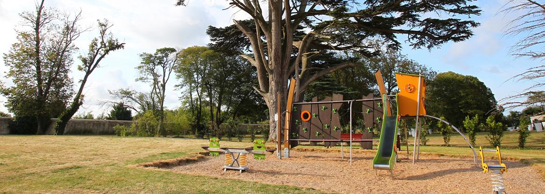 Résidence Le Domaine du Château - Vacancéole - Lagord - Aire de jeux pour enfants
